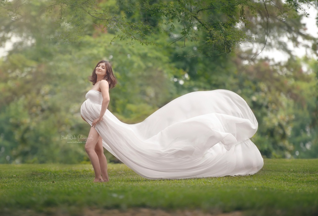 confidence is so beautiful ~ ethereal mama {charlotte maternity photographer}