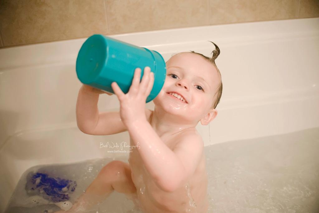 bath time fun - charlotte lifestyle photographer