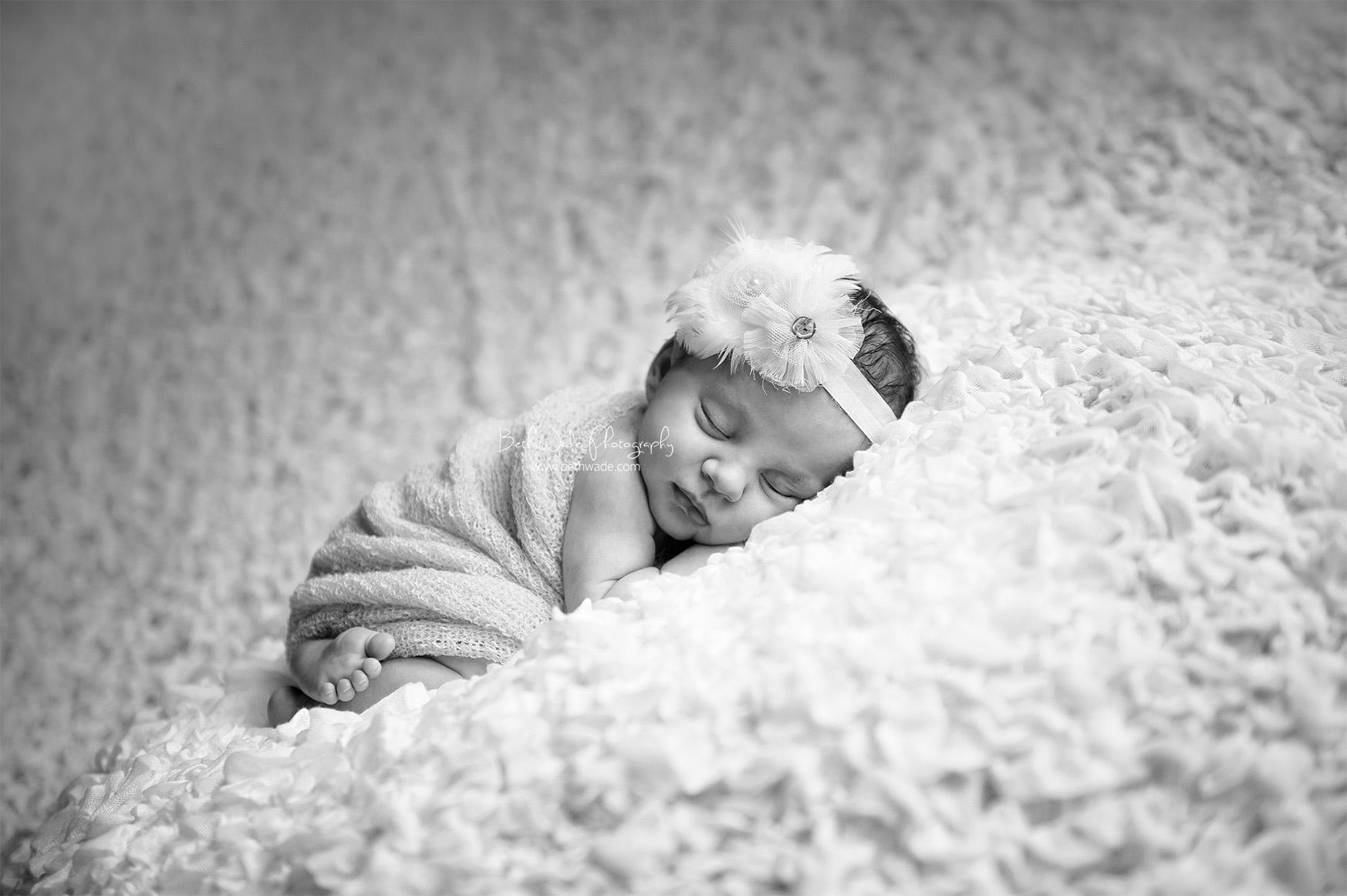 11 days new baby girl ~ family of 3 {charlotte newborn photographer}