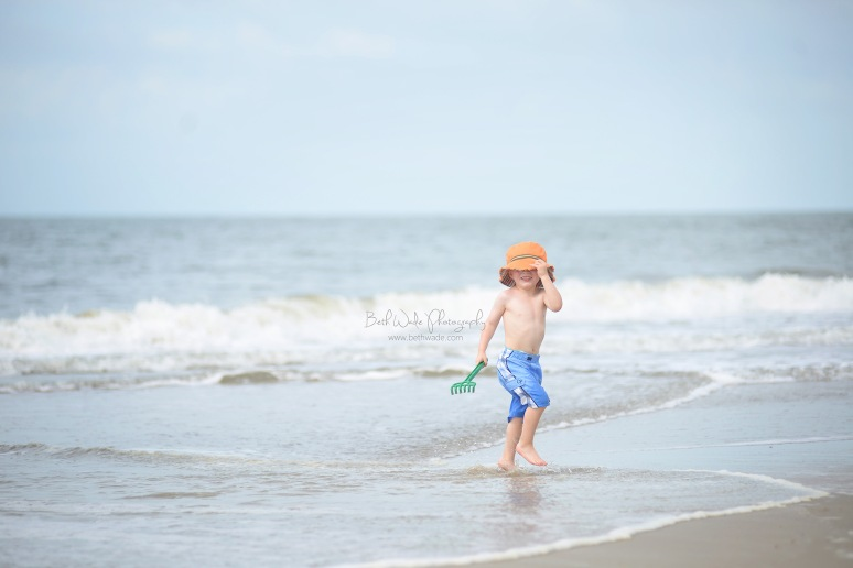 a day at the beach ~ family vacation photos {charlotte lifestyle photographer}