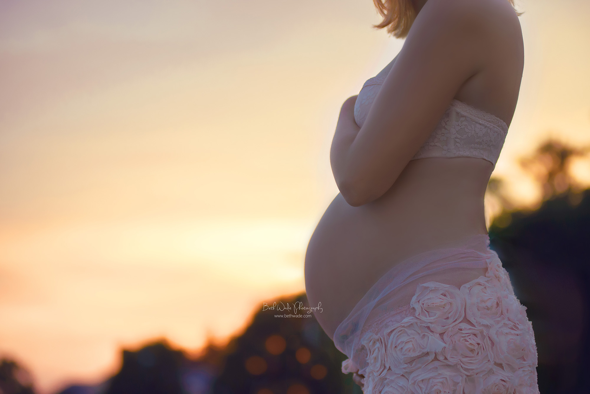 glowing mama of almost 3 {charlotte maternity photographer}