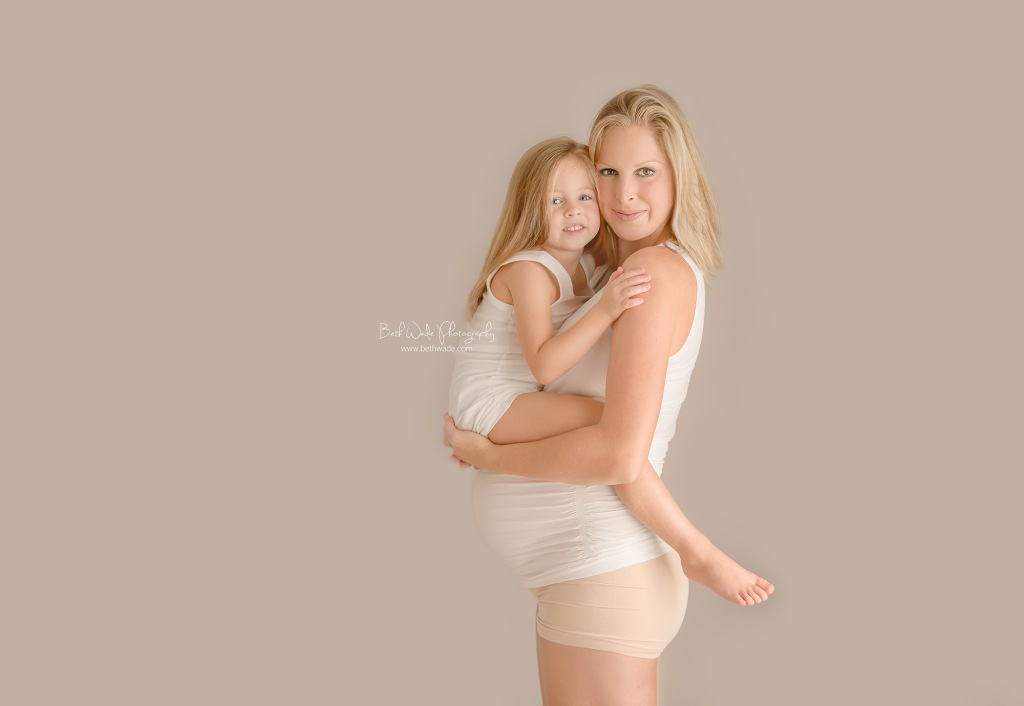 glowing mother and daughter ~ mama of almost 3 {charlotte maternity photographer}