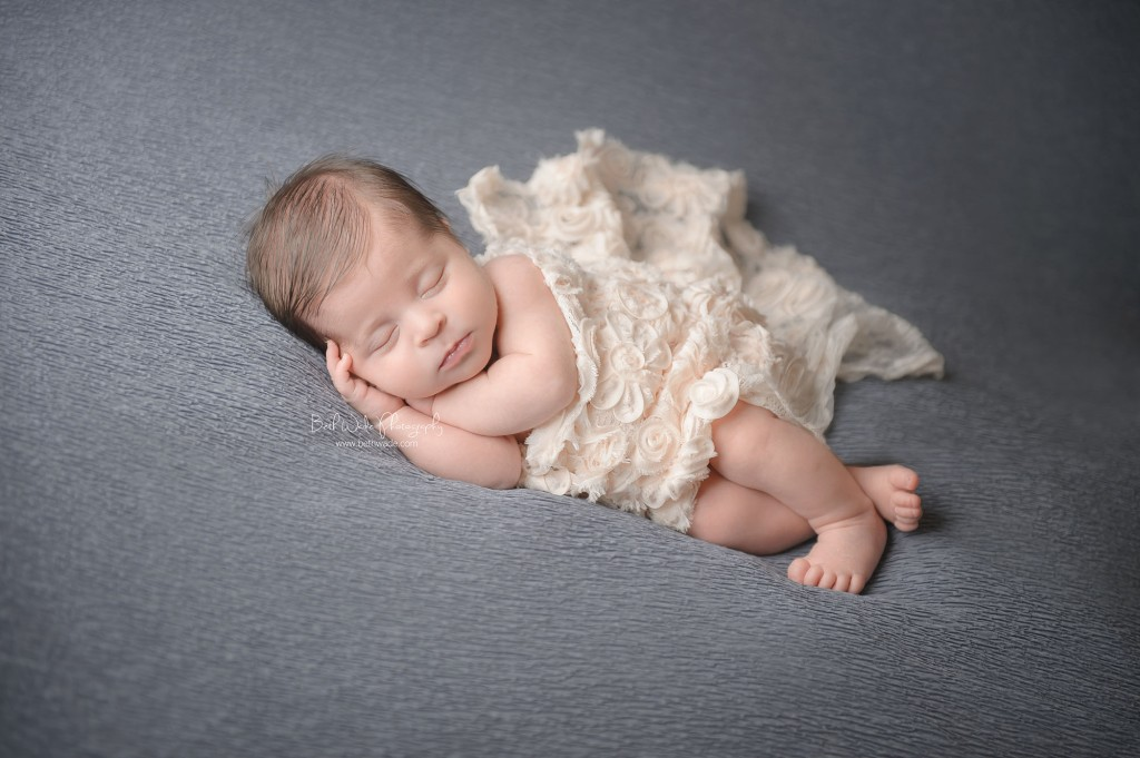 11 days new! special delivery baby girl ~ {piper glen newborn photo shoot}
