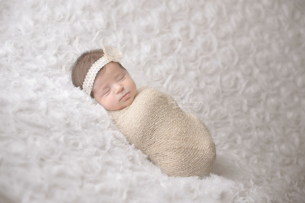 11 days new! special delivery baby girl ~ now family of 5 {piper glen newborn photographer}