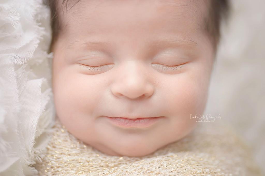 11 days new! baby girl long lashes detail ~ {piper glen newborn photo shoot}