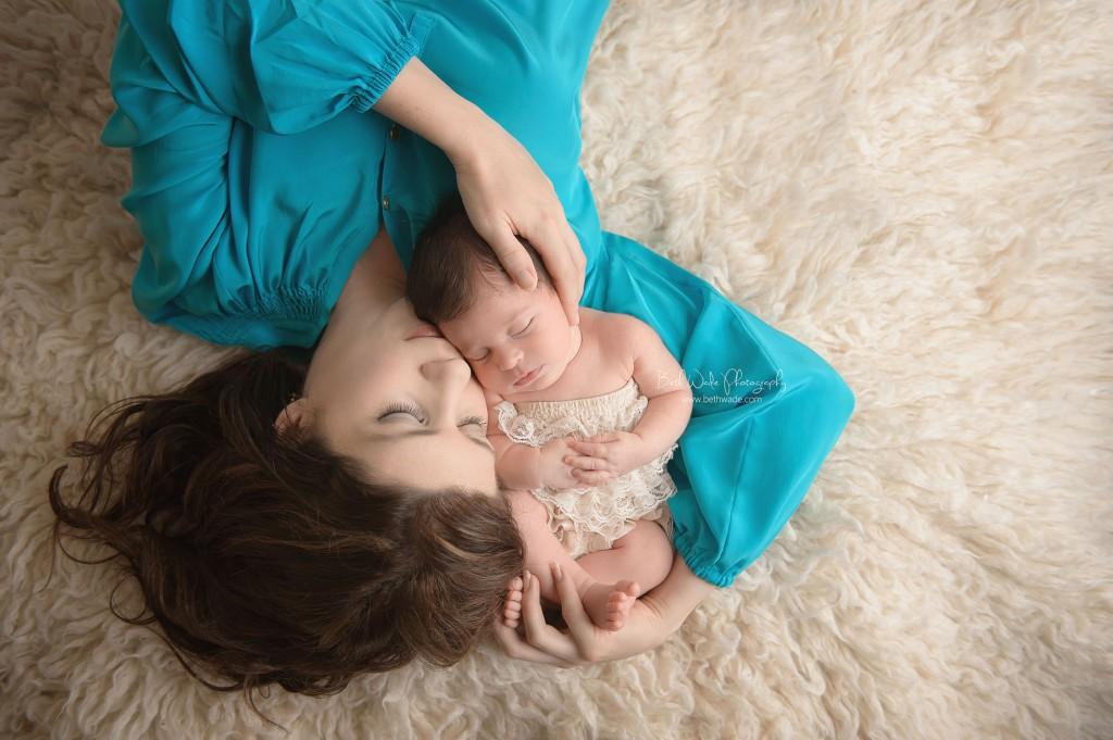 11 days new! mama and baby girl ~ {piper glen newborn photo shoot}