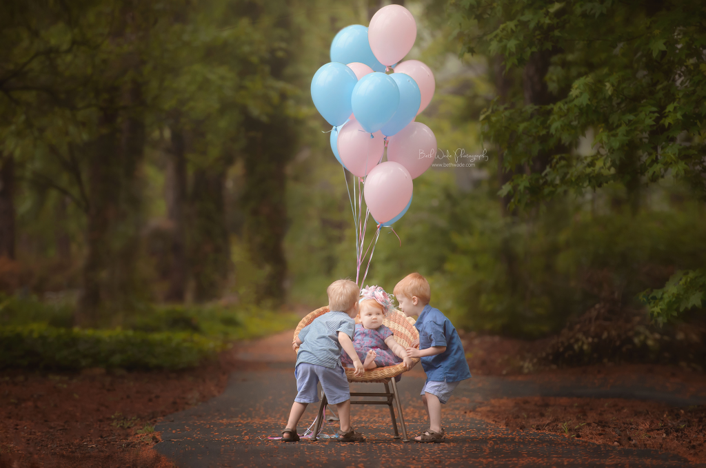 balloons and birthday girl ~ baby E turns 1! {lake wylie child photographer}