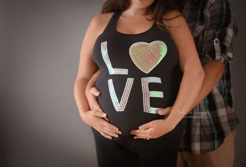 simply glowing mama ~ expecting a baby girl! {charlotte maternity photographer}