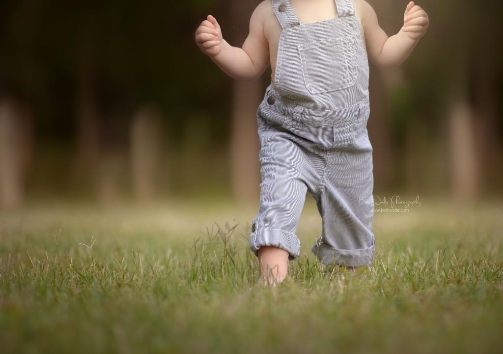 happy 1 year to baby b  ~ walking everywhere! {lake wylie child photographer}