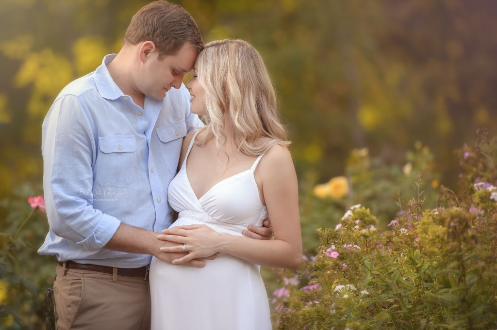 happy mama-to-be ~ adorable couple {fort mill maternity photographer}