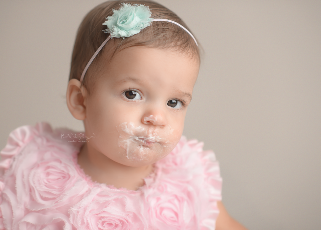 baby A turns 1! cake smash sweetness {lake wylie child photographer}