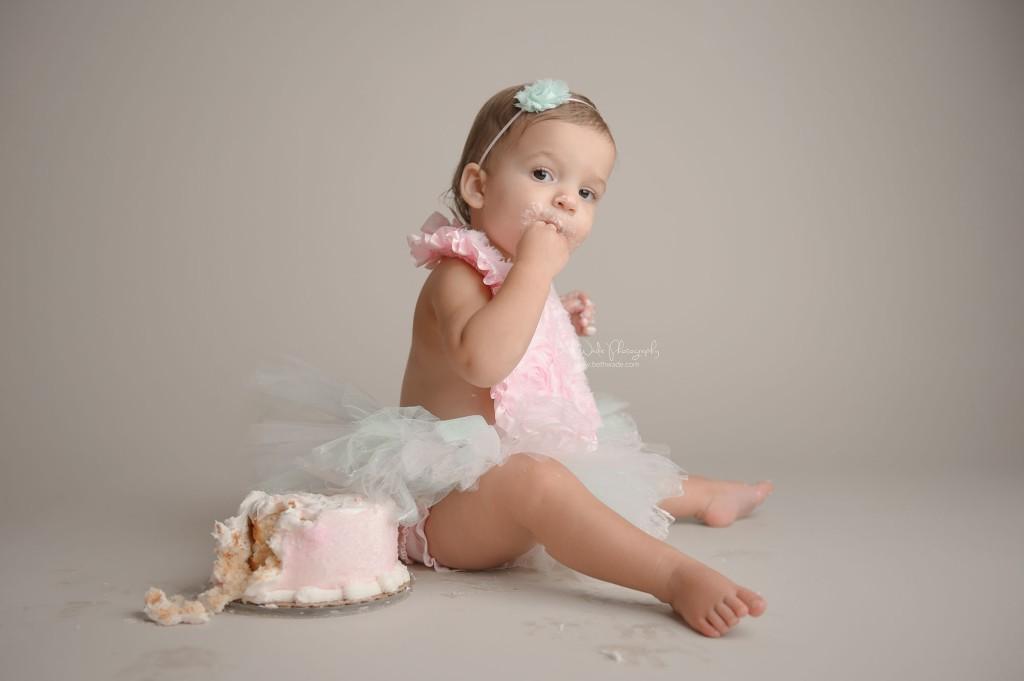 baby A turns 1!  cake smash sweetness {lake wylie child photographer}
