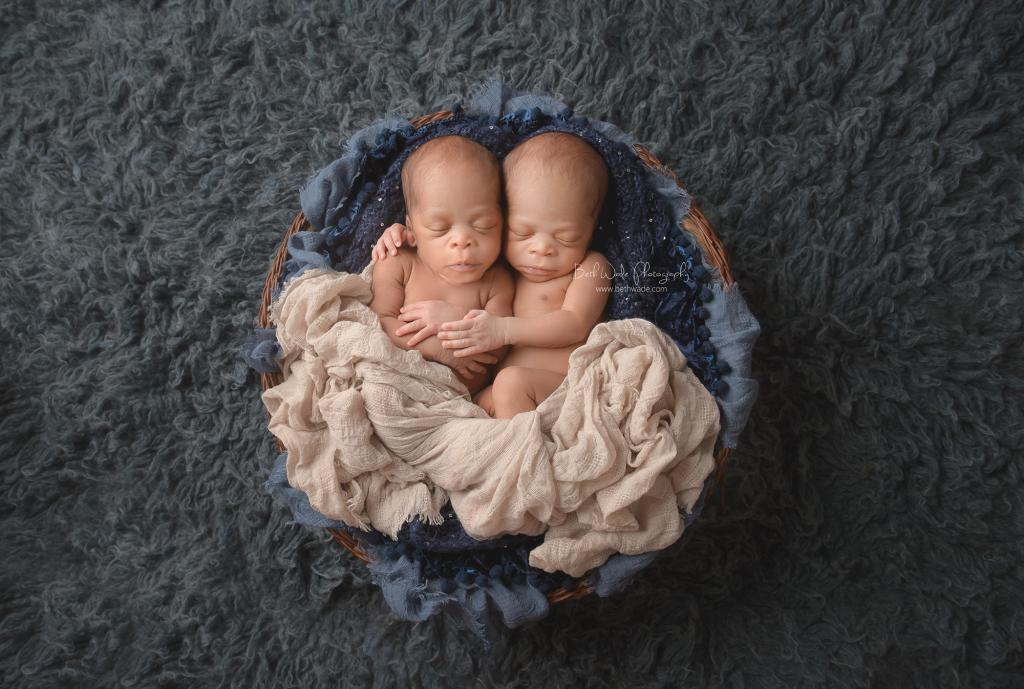 identical twin boys! 16 day old brothers {greensboro-charlotte nc newborn photographer}