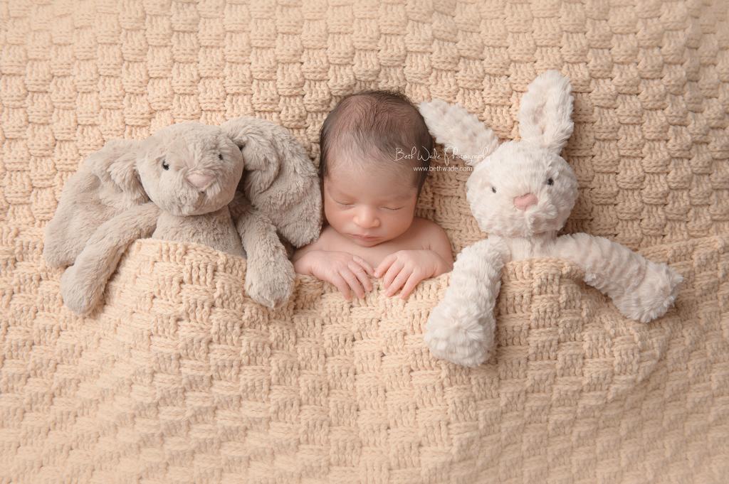 family of 3 ~ sleepy baby boy {newborn photographer south park}