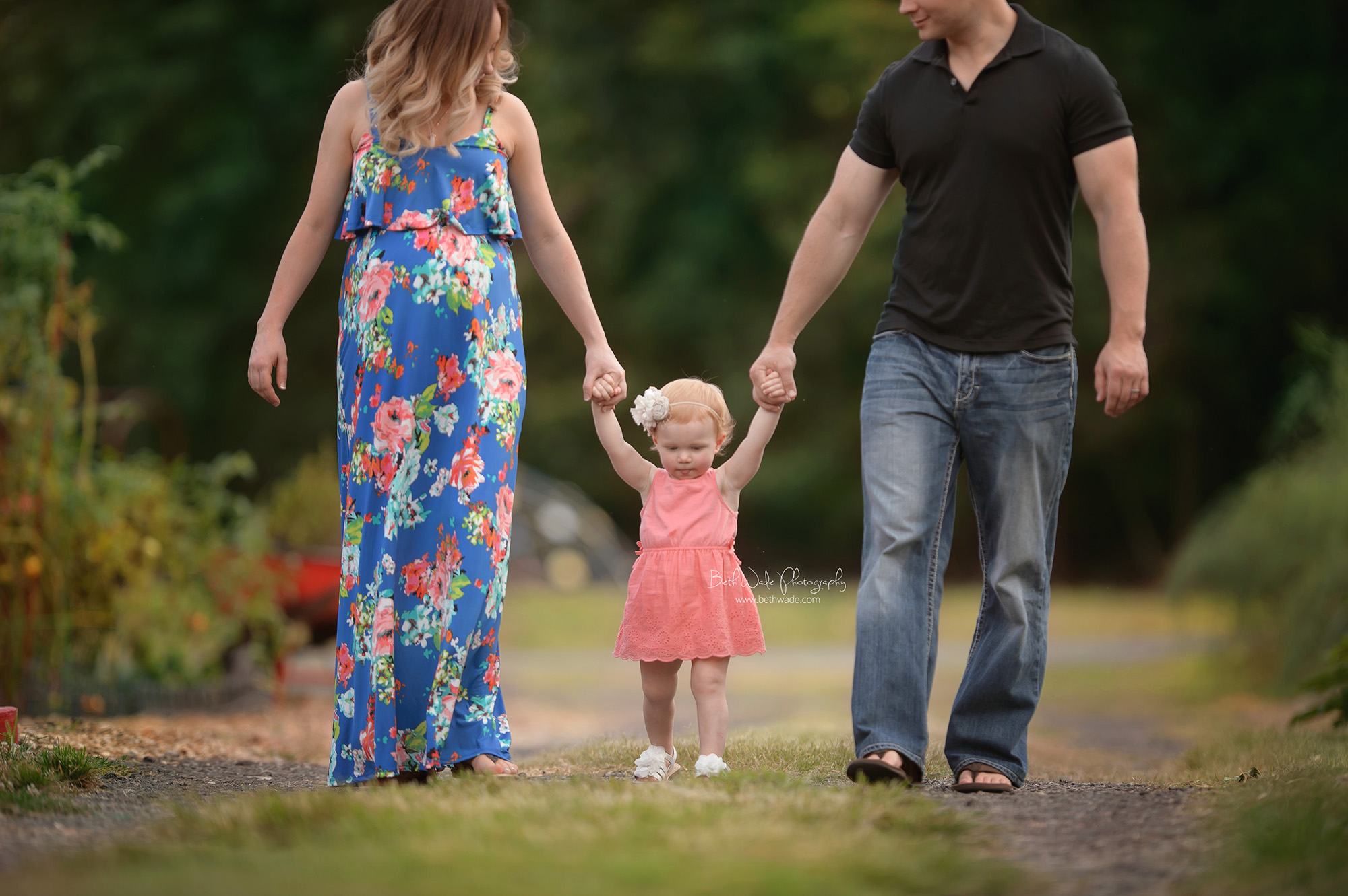 surprise baby ~ little sister or brother {charlotte maternity photographer}
