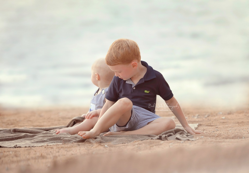 sweet brothers ~ family of 4 {lake wylie baby photographer}