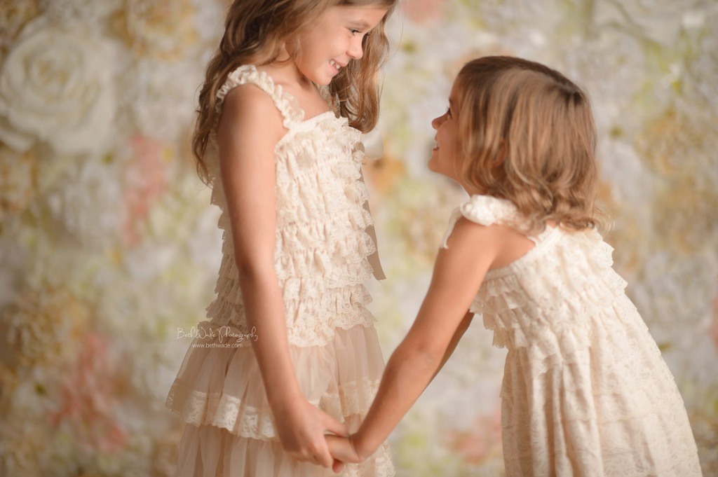 the durst girls ~ sisters, butterflies+balloons {charlotte family photographer}