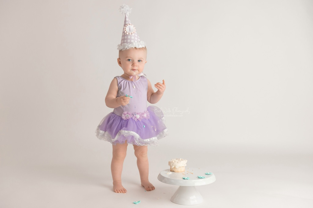 alice jane cake smash ~ our girl is 1 year old {lake wylie baby photographer}