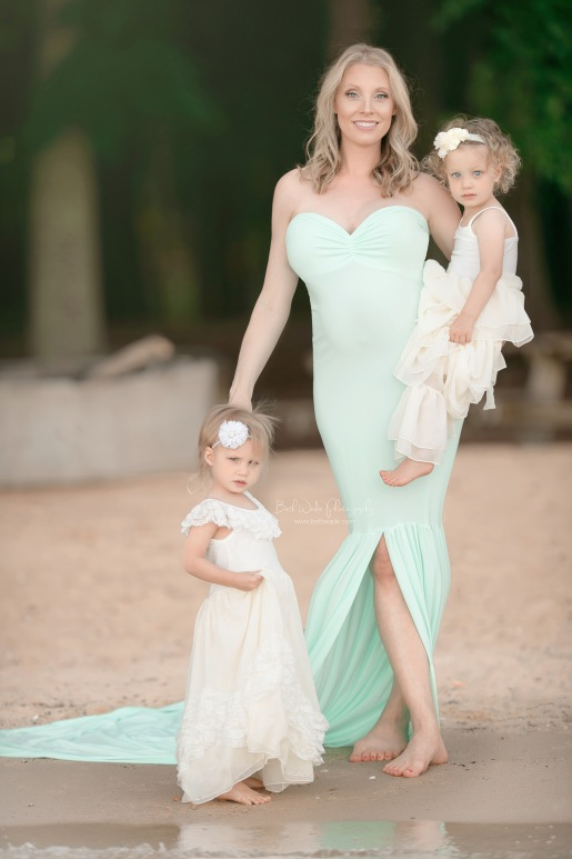 twin big sisters ~ surprise baby {charlotte nc pregnancy photographs}