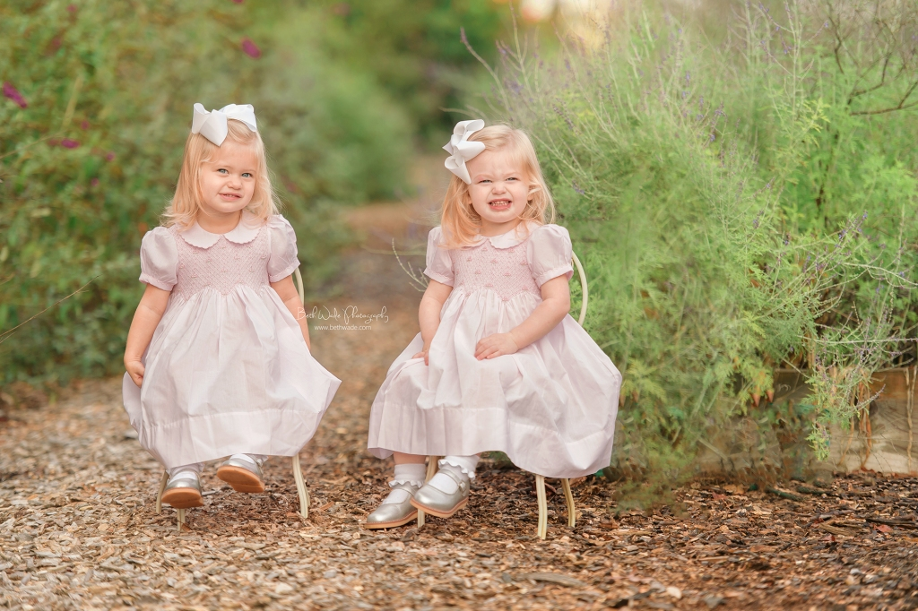 twin baby girls ~ autumn holiday photos {charlotte family portraits}