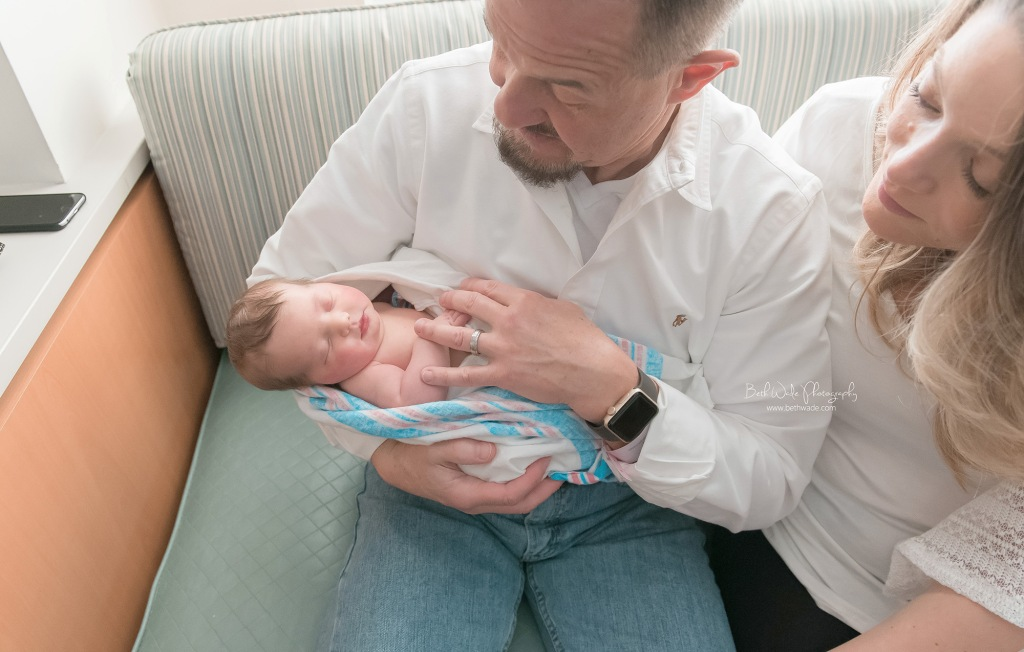 baby friedman birth-fresh 48 video {charlotte-lake wylie newborn photos}