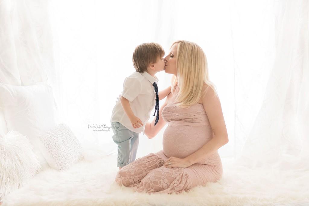 baby blue bundle of joy {south charlotte maternity photos}