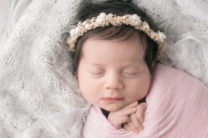 Mazzonna-Ianiro-46-charlotte newborn photographer_beth wade
